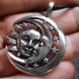 celestial-duality-necklace-close-up