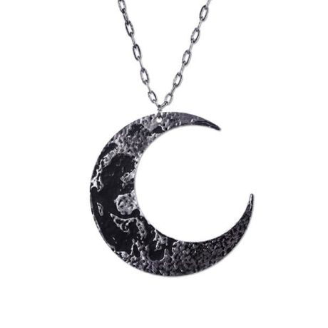 xl-crescent-moon-necklace-restyle-2