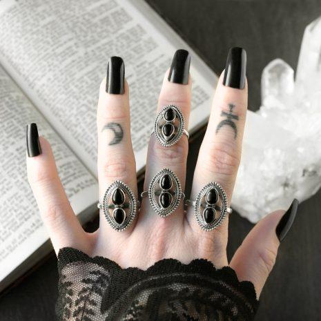 alva-onyx-silver-ring-hellaholics