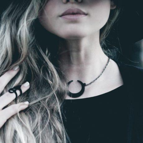 rune-midi-eclipse-in-black