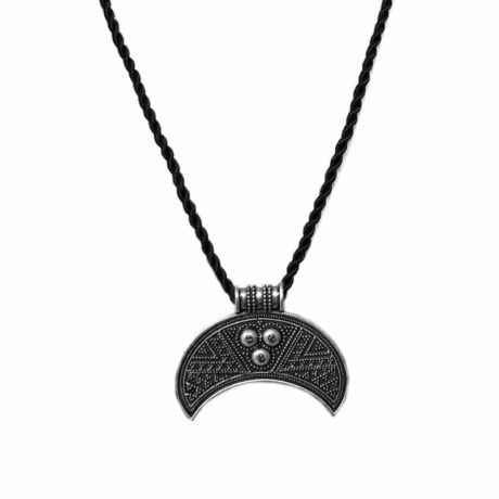 pagan-amulet-moon-necklace-1