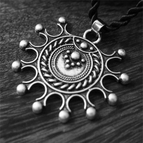 pagan-amulet-sun-necklace-close-up
