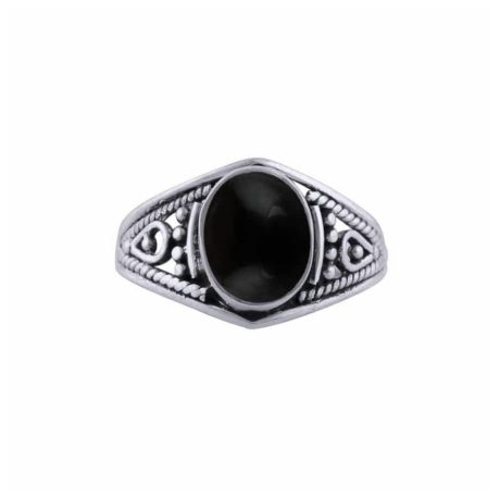 aelia-silver-onyx-ring-front-1