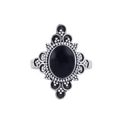 Ariana-silver-onyx-ring
