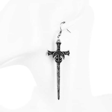 silver-sword-earrings-doll-restyle