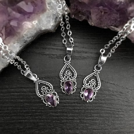 neeve-sterling-silver-amethyst-pendant-in-silver-chain-by-hellaholics