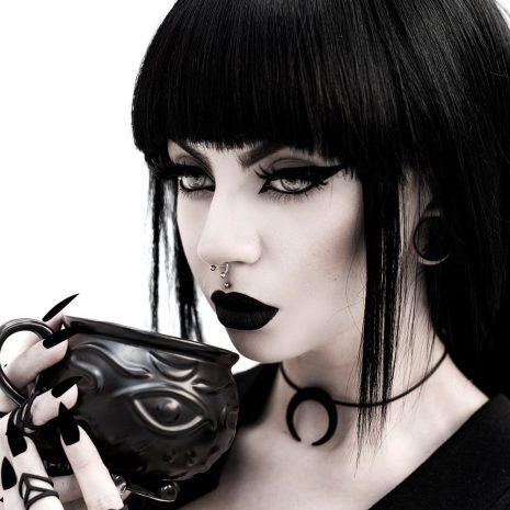 rouge-and-wolf-witch-cauldron-mug-hellaholics