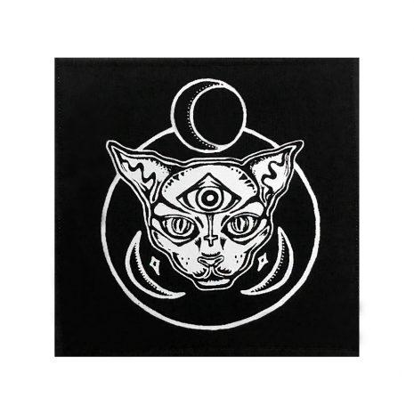 celestial-cat-patch-by-hellaholics-artwork-by-amanda-goldie-de-aguiar