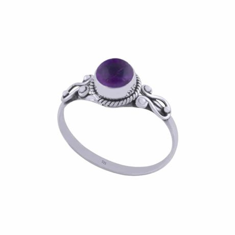 chloe-sterling-silver-amethyst-ring-by-hellaholics