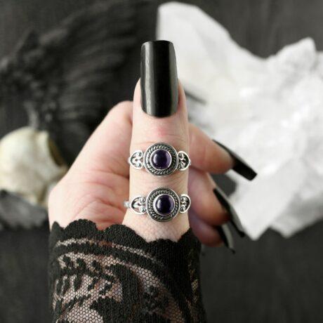 cholette-amethyst-sterling-silver-rings-hellaholics