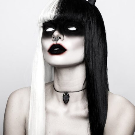 lilith-skull-choker-in-black-by-rogue-and-wolf-1