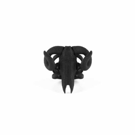 ram-skull-ring-in-black-by-rogue-and-wolf-3