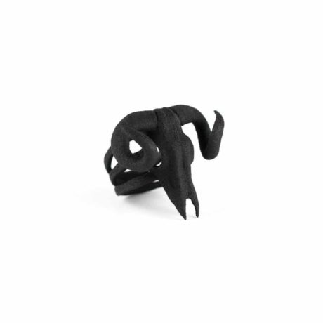 ram-skull-ring-in-black-by-rogue-and-wolf-5