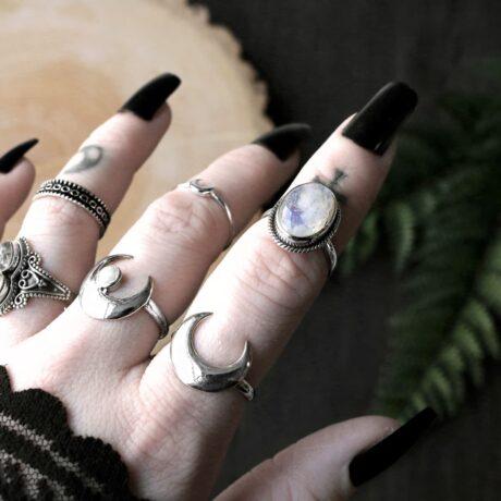 hunting-moon-silver-ring-gaia-moonstone-silver-ring-hellaholics (1)