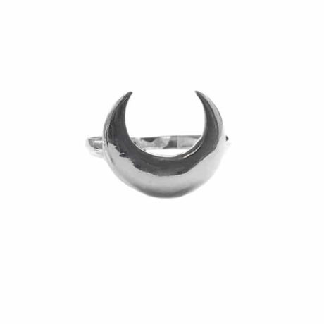 sterling-silver-hunting-crescent-moon-ring-hellaholics-1