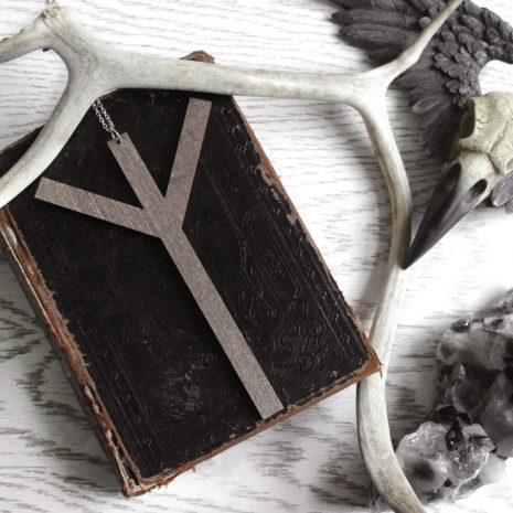 algiz-rune-wooden-necklace-brown