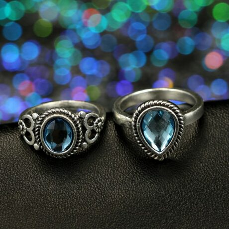 esha-ring-set-duo-close-up