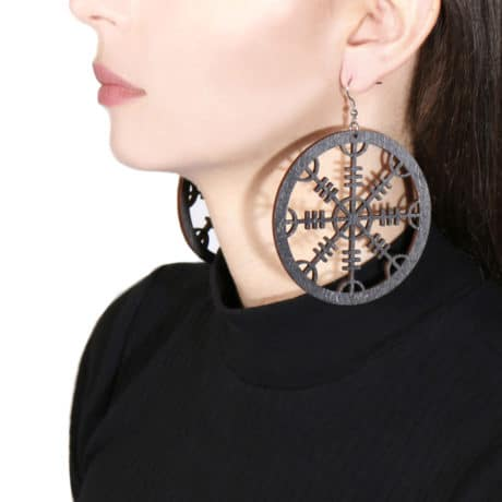 model-helm-of-awe-wooden-earrings-black-hellaholics