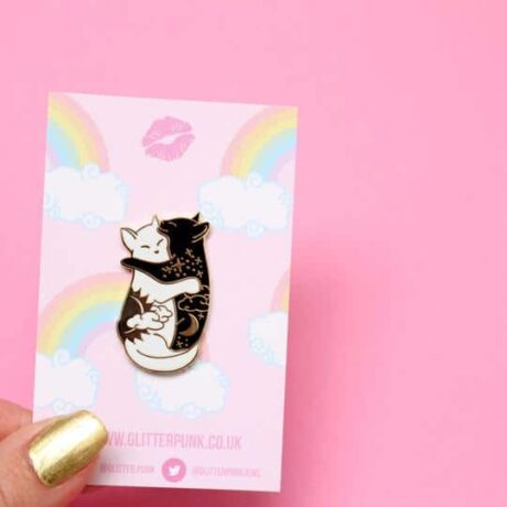 day-night-hugging-cats-pins-glitter-punk-hellaholics-label