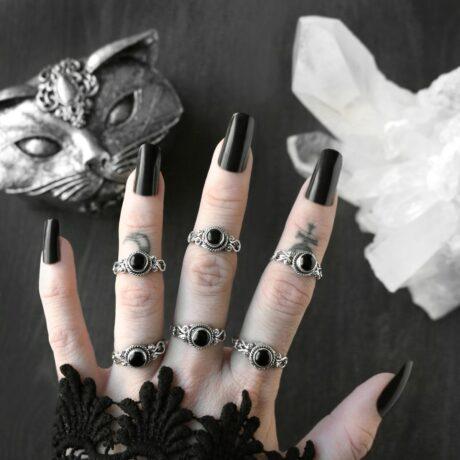 amaya-silver-onyx-ring-hellaholics