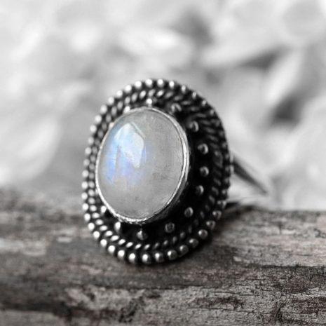 nathalia-moonstone-silver-ring-close-up-hellaholics