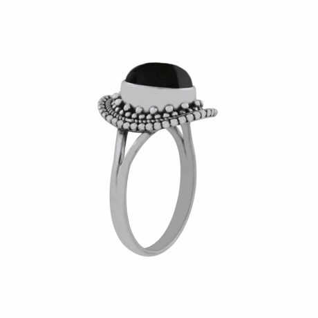 nathalia-sterling-silver-ring-onyx-side