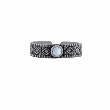 aranza-sterling-silver-mid-ring-moonstone-front