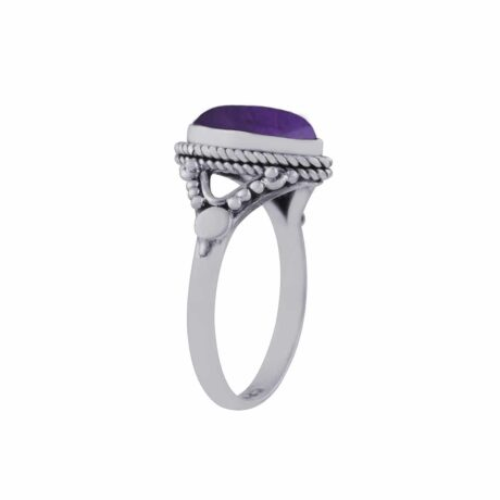 calida-sterling-silver-amethyst-ring-side