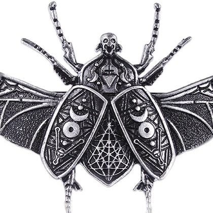 occult-beetle-pendant-close-up-necklace-restyle-hellaholics