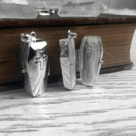 coffin-silver-locket-by-hellaholics