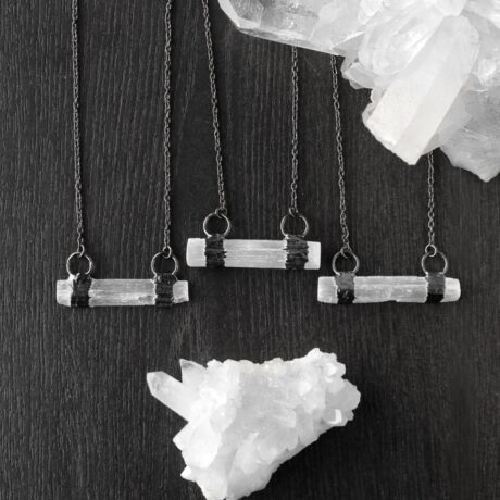 elvate-selenite-gun-metal-necklace-hellaholics