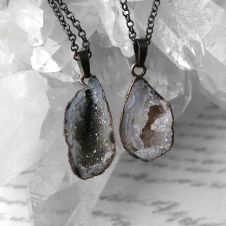 goddess-geode-bronze-necklace-hellaholics