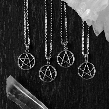 pentagram-silver-necklaces-hellaholics