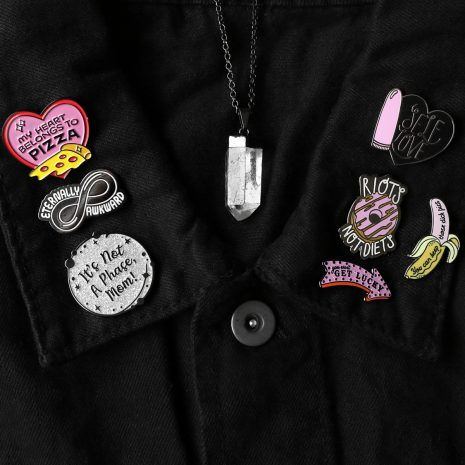 pins-punky-pins-dark-clear-quartz-necklace-hellaholics