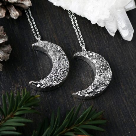 titanium-druzy-moon-necklace-hellaholics-christmas