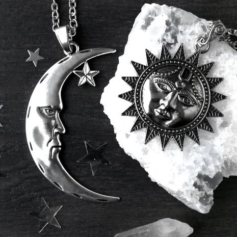 man-in-the-moon-xl-amulet-sun-necklace-hellaholics