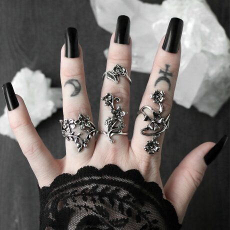 mystic-flower-ring-set-hellaholics