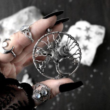 world-tree-amulet-xl-necklace-hellaholics