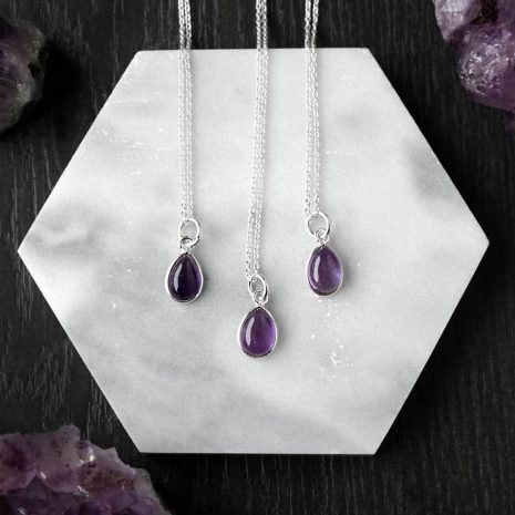 3-drop-shaped-amethyst-silver-necklaces-hellaholics