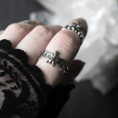 bat-silver-ring-mood-hellaholics