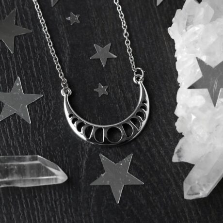 crescent-moon-moon-phase-necklace-hellaholics