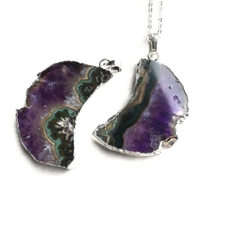 crescent-moon-raw-amethyst-necklace-hellaholics-2