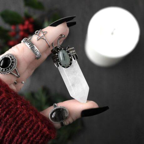 hestia-large-crystal-quartz-necklace-hellaholics.christmas