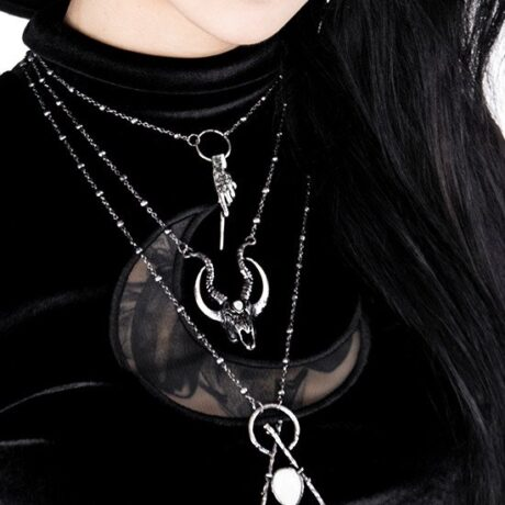silver-crescent-skull-necklace-hellaholics