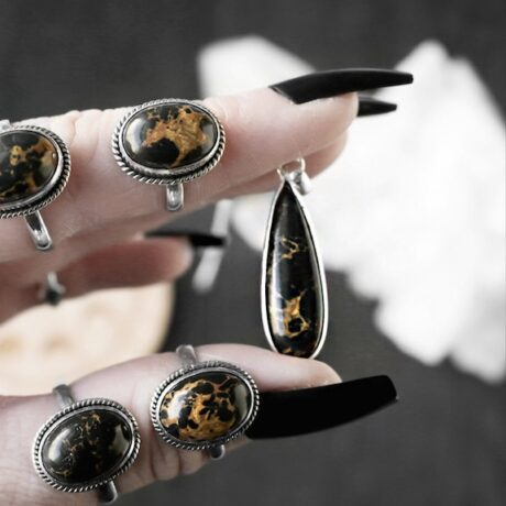 gaia-black-copper-turquoise-silver-rings-pendant-hellaholics (1)