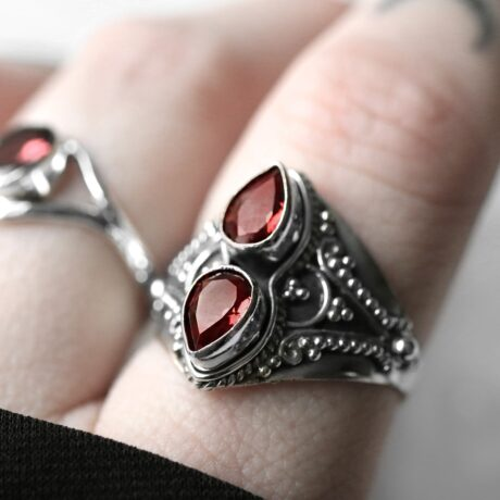 gathika-garnet-cut-stone-sterling-silver-ring-hellaholics
