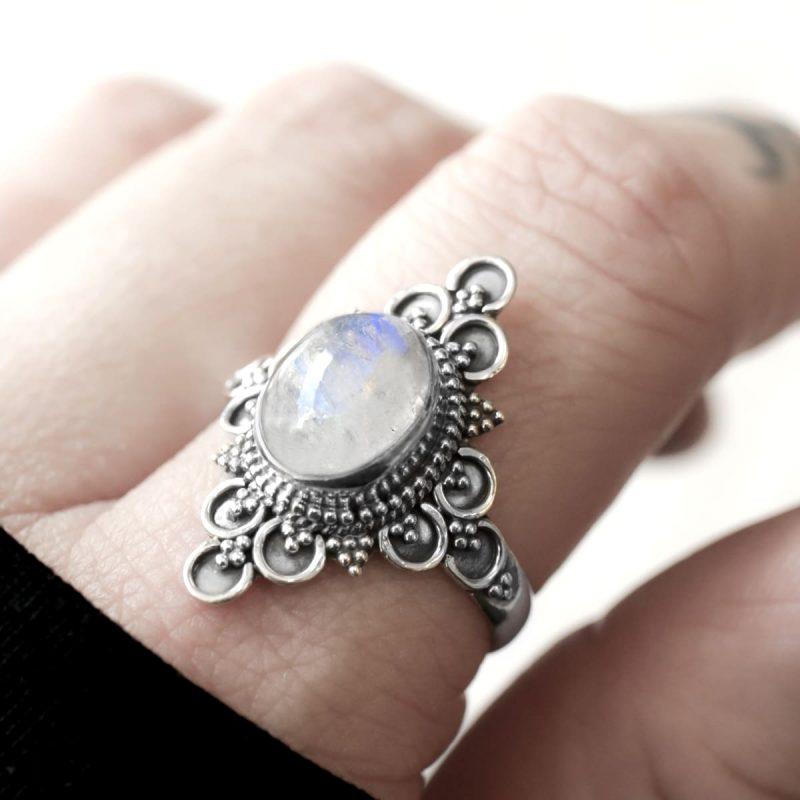 Ariana moonstone silver ring