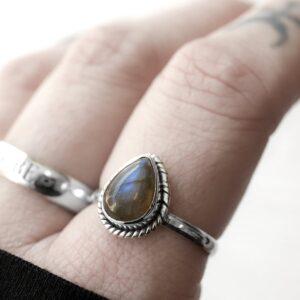 Elara labradorite silver ring