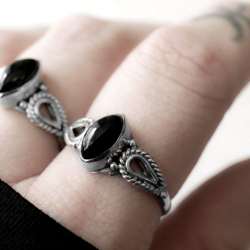 Nea silver onyx crystal stone ring