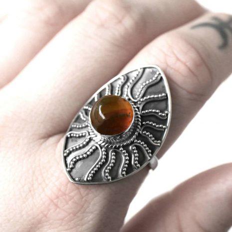 warriors-call-amber-silver-ring-close-up-hellaholics